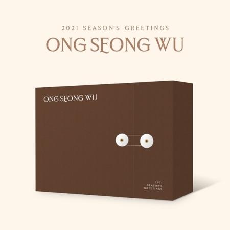 ONG SEONG WU - 2021 SEASON'S GREETINGS Koreapopstore.com